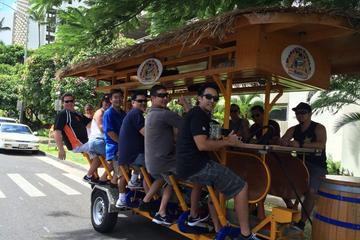 オアフ島カカアコのパーティー バイク バー ツアー