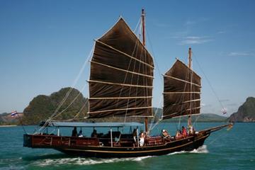 Croisière magique dans la baie de Phang Nga sur le June Bahtra