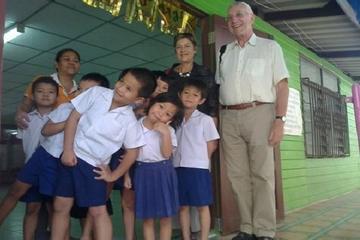 Excursión privada: explore los barrios bajos de Klong Toei de Bangkok