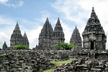 Private Half-Day Prambanan Tour by Bike
