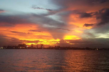 Private 1.5-hour Phnom Penh Sunset Cruise