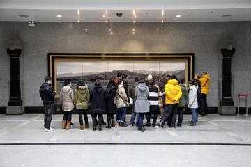 Qianling Mausoleum and Xianyang Museum Tour from Xian