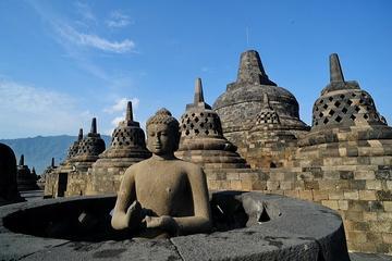 Tour privato: Borobudur, Kraton, e il tempio di Prambanan da