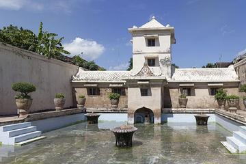 Visite privée à Yogyakarta: palais du sultan de Kraton, le château...