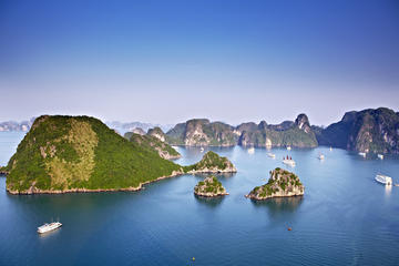 Halong Bay Cruise with Round Trip Transfer from Hanoi