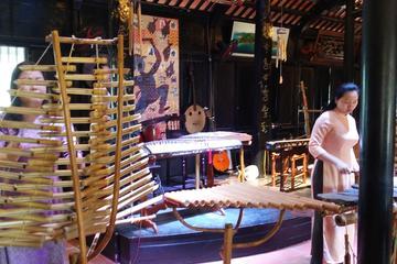 Small-Group Half-Day Nha Trang City...