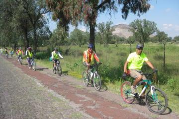 Visite de Teotihuacán en vélo
