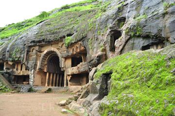 ムンバイからカルラ石窟とバージャ石窟までのプラ…