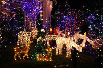 Christmas Lights Walking Tour of...