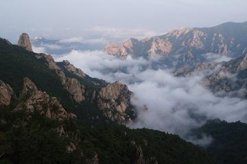 Day Tour to Seoraksan Mountain