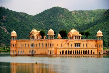 Private Tour: Complete Jaipur Sightseeing with Elephant ride and...