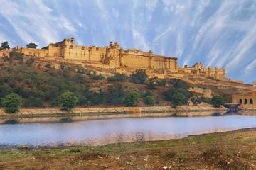Jaipur City Tour including Amber Fort, City Palace & Palace of Winds with Lunch