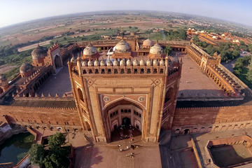 Private One-Way Transfer from Jaipur to Agra via Fatehpur Sikri