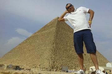 Pyramiden von Gizeh und Sphinx...