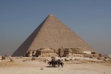 Visita privada a Saqqara, Menfis y Guiza con tres comidas