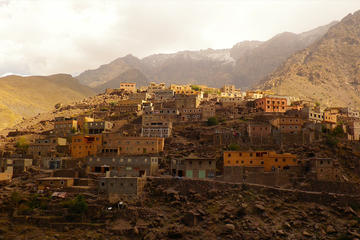Atlas Mountain Easy Guided Walking Tour from Marrakech
