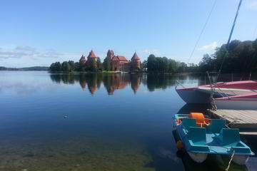 Vilnius Custom Day Trip to Trakai and Kernave