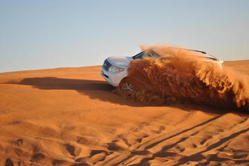 Safari en 4x4 dans le désert d'Abou Dhabi avec dîner barbecue