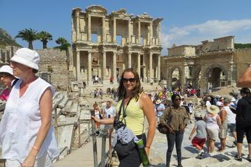 Hanghäuser, Artemistempel und Mutter...