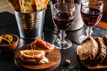 Tasting Madrid: Gastronomic Private Guided Tour