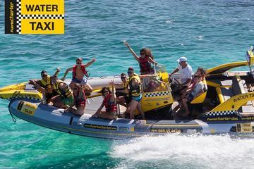 Bateau-taxi pour l'île de Lobos au...