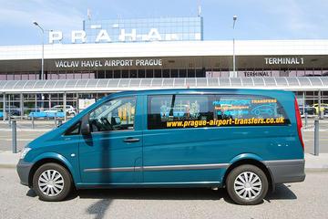 Trasferimento condiviso dagli arrivi dell'aeroporto di Praga e tour a