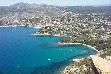Full-Day Private Toulon Shore Excursion: Aix-en-Provence, Cassis, Calanques