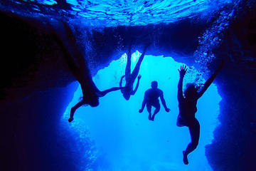 Blue Cave and Green Cave and Hvar Old Town Boat Tour with Lunch and...