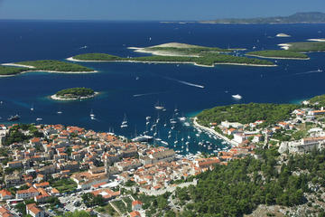 Escursione in barca da Split all'isola di Hvar e all'arcipelago di