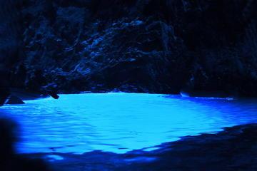 Excursion en bateau pour la grotte bleue à proximité de l'ile de Vis...