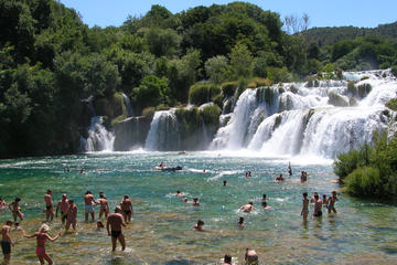 Tour giornaliero del Parco Nazionale di Krka e Sebenico da Spalato