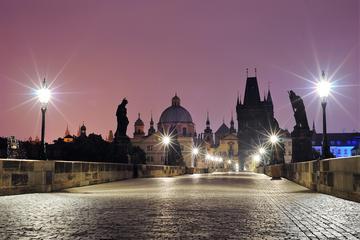 Excursão fotográfica para grupos pequenos em Praga ao nascer do dia...