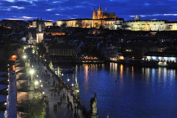 Half-Day Small-Group Guided Photography Walking Tour in Prague