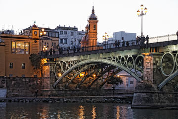 Tapas Guided Tour in Triana Seville