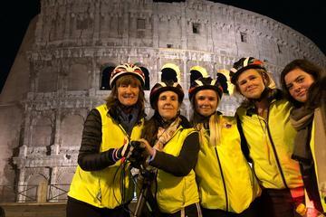 Tour in bici notturno di Roma con aperitivo