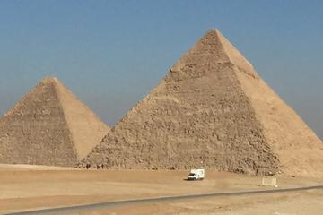 A Day Tour to Cairo group price