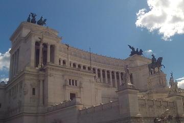 Excursion en bord de mer: excursion d'une journée complète à Rome au...