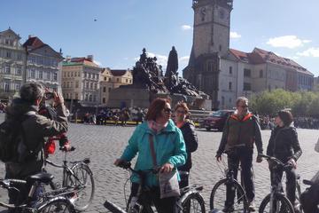 Excursão de bicicleta em Praga para grupos pequenos