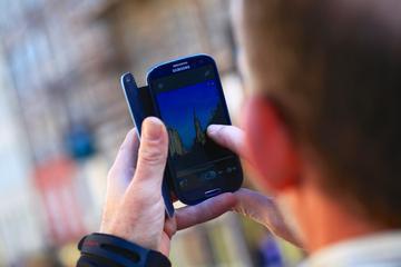 Excursão a pé com fotografia de smartphone em Edimburgo