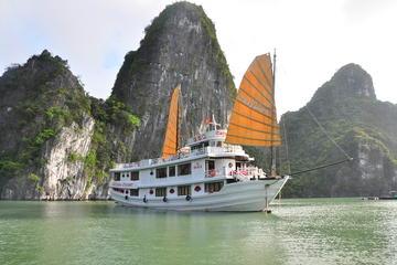 2-tägige Flucht zur legendären Halong-Bucht auf Calypso Cruiser von...