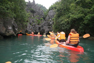 3-daagse cruise ontspannen en kajakken in Halong Bay vanuit Hanoi