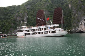 Croisière Oriental Sails de 2jours en jonque dans la baie d'Halong...