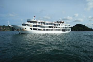 Overnight Halong Bay Cruise on the Starlight