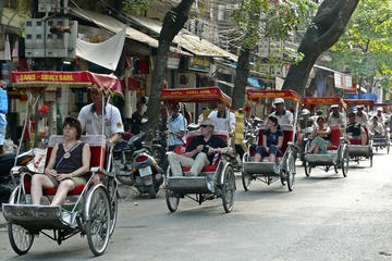 Hanoi Cyclo and Walking Small Group Tour