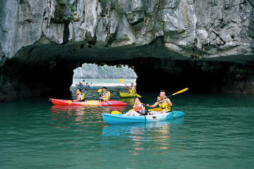 Private Full-Day Halong Bay Tour Including Cruise, Kayaking and...