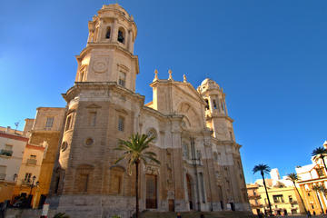 Private Full Day Tour of Cadiz from Seville