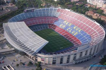 Tour privado: visita al Camp Nou y...