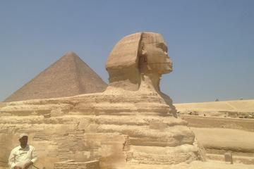 The Best of monuments of Giza and Cairo in 2 Days