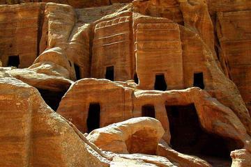 Excursión de un día a Petra desde Sharm el Sheikh