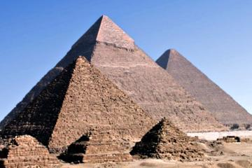 Day Tour to Memphis and Sakkara and Giza Pyramids